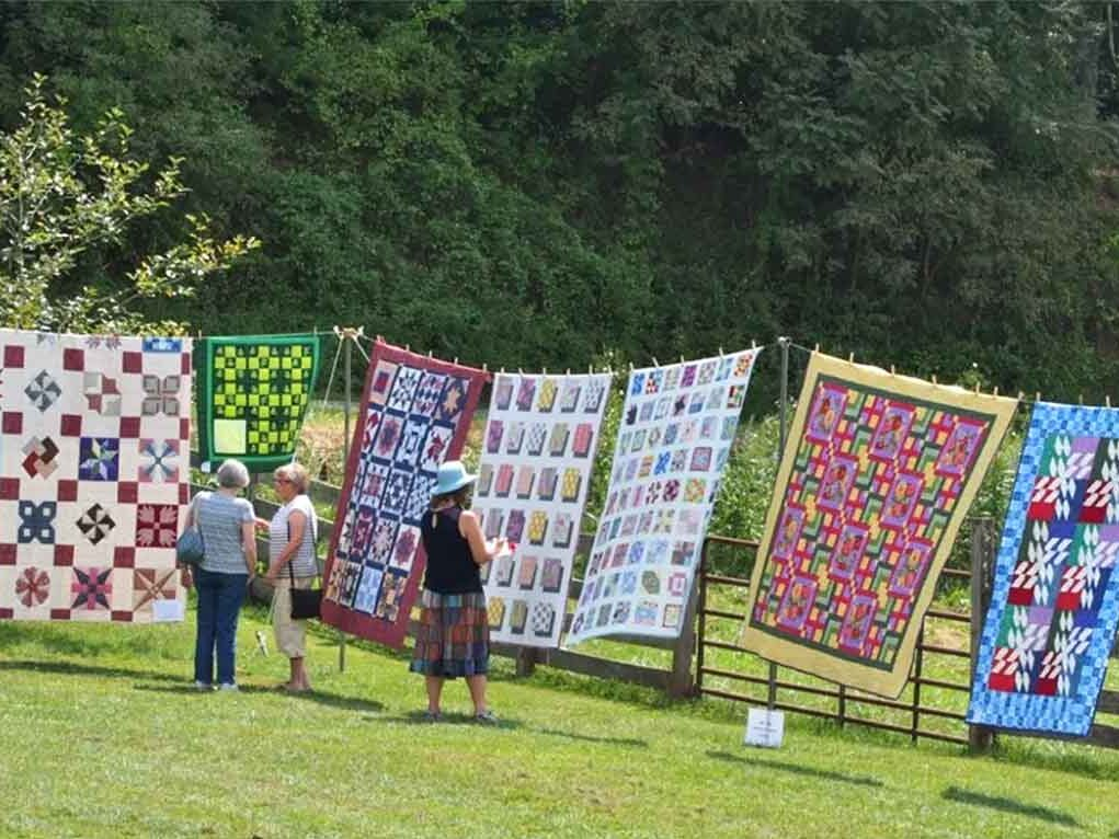 Picture of quilts at matthews farm