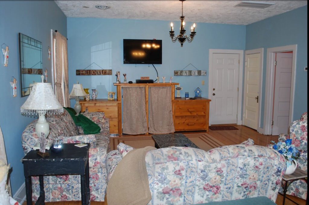 Picture of living room in Angels Rest cottage